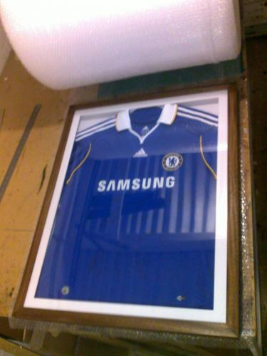 Chelsea FC Football Team Signed Shirt Dark Wood Frame
