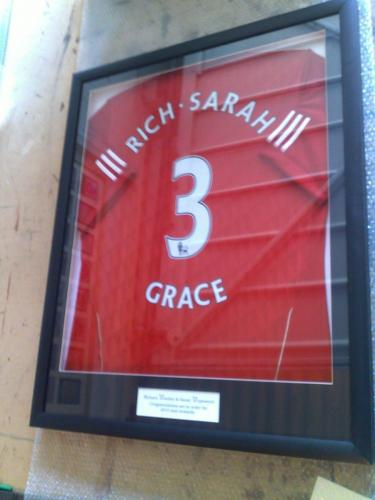 Manchester United Memorabilia Name and Number Shirt Framed